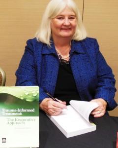 Pat-SmilIng-at-Book-Signing